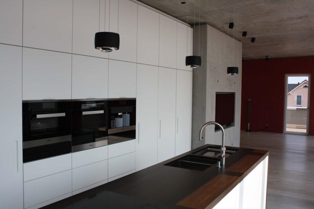 moderne Küche über den Dächern von Bad Nauheim